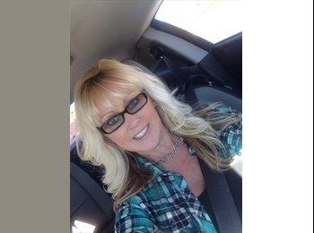 EasyRoommate US - Heidi - 50 - Southeast California