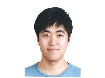 Joonhyeok - 26 - Student