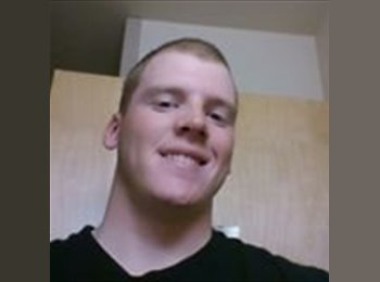 EasyRoommate US - Adam Scully - 23 - El Paso