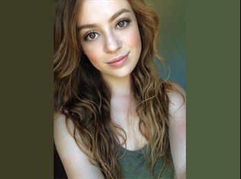 Jenna  - 21 - Student