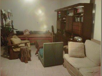 Hermosa habitación en Villa Adelina PH