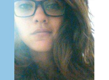 Andrea - 23 - Estudiante