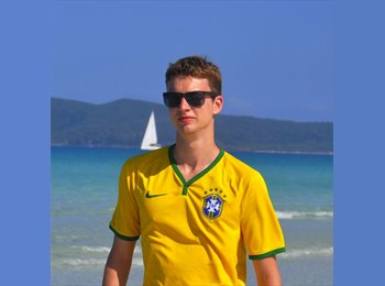 Rodrigo - 24 - Professional