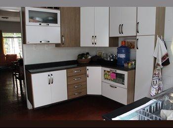 EasyQuarto BR - Procurando quarto em Pinheiros? - Pinheiros, São Paulo capital - R$1550