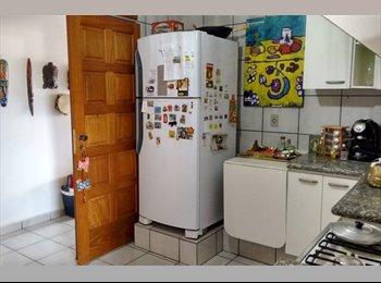 EasyQuarto BR - alugo quarto em apto bem decorado e bem localizado - Ribeirão Preto, Ribeirão Preto - R$700