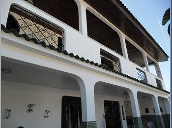 EasyQuarto BR - Alugo um quarto mobiliado  na cidade de Manaus - Manaus, Manaus - R$650