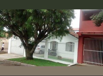 EasyQuarto BR - DIVIDIR RESIDENCIA - Ecoville, Curitiba - R$500