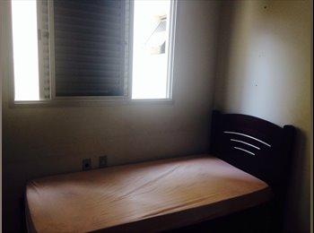 EasyQuarto BR - Quarto ótima localização para mulheres - Setor Central, Uberlândia - R$400