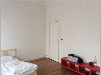 1 kamer vrij in Herenhuis