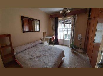 Tres habitaciones libres piso compartido Alameda