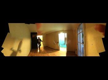 ch. meublée+WC/SDB longjumeau
