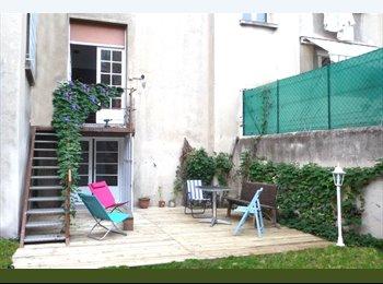 coloca3  avec gd jardin 80m² a 10mn  de la plaine