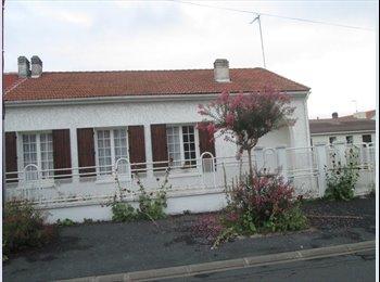 Appartager FR - Chambre à louer - La Rochelle, La Rochelle - €300