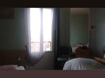 Loue chambre 400euros/mois cc