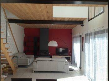 Appartager FR - Chambre dispo dans belle maison moderne - Angoulême, Angoulême - €250