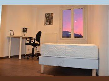 Appartager FR - Colocation chambre dans un appart rénové - Hyper-centre, Grenoble - €420