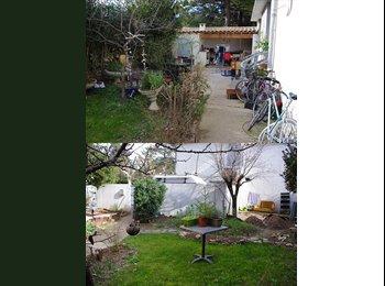 Appartager FR - Super Coloc  Belle Maison avec Jardin prox Centre - Montpellier, Montpellier - €525