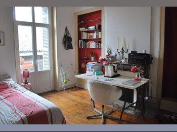 Appartager FR - Chambre dans colocation hypercentre - Capucins - Victoire - St Michel - Ste Croix, Bordeaux - €400