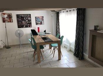 Appartager FR - Location appartement pour étudiant - Antibes, Cannes - €500