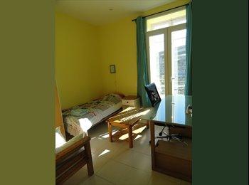 Appartager FR - BELLE colocation en Nice Centre Ville - Cœur de Ville, Nice - €450