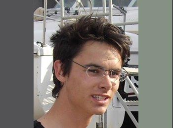 GregValet - 24 - Etudiant