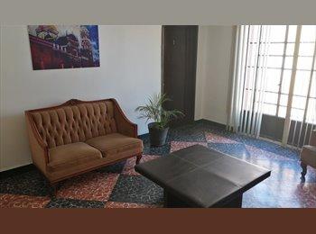 CompartoDepa MX - Super oportunidad: cuarto amueblado - Centro Histórico, Puebla - MX$2800