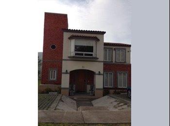 CompartoDepa MX - Se renta cuarto en Zona Esmeralda - México, México - MX$7000