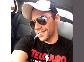 Antonio - 28 - Profesional