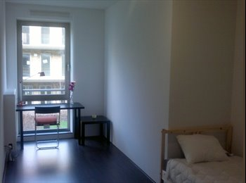 EasyKamer NL - Furnished peaceful room! (temporary 3-6 Month) - Kolenkitbuurt, Amsterdam - €540