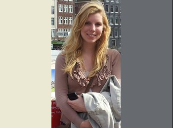 Veronika - 22 - Student