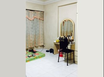 Common bedroom at 168 Hougang Avenue 1 for rent!