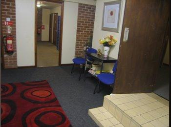 EasyRoommate UK - Room to rent - Stoke-on-Trent, Stoke-on-Trent - £260