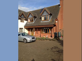 EasyRoommate UK - Double Room in large secluded detached house - Claydon, Ipswich - £375