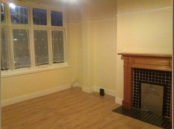 Single room available in Leytonstone