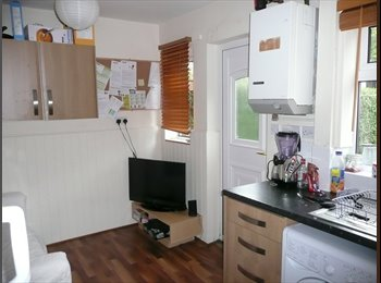 STUDENT house-share 5 mins walk to Nottm Uni