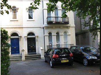 EasyRoommate UK - Large Regency Houseshare near The Promenade - Cheltenham, Cheltenham - £395