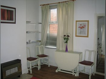 Room in Female only house near City Centre