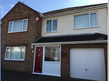EasyRoommate UK - Housemate wanted for large comfortable family home - North Hykeham, Lincoln - £350