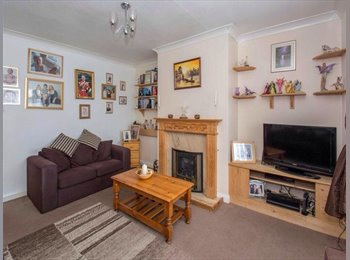 EasyRoommate UK - Double room available - Tunstall, Stoke-on-Trent - £285