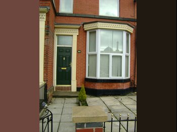 EasyRoommate UK - Furnished apartment included cutlery and utencil - Bolton, Bolton - £325