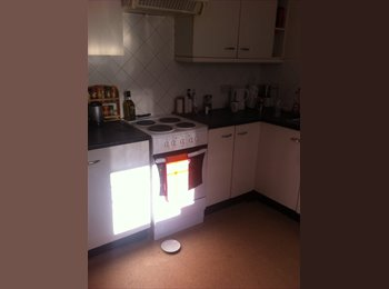 EasyRoommate UK - Furnished room available in welling - Welling, London - £450