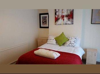 L18 1DA: Luxury Accommodation on Penny Lane