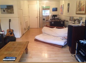 EasyRoommate UK - Short-term let in London, zone 1. P - Lovely Double room available for 1 month i... - Elephant and Castle, London - £650