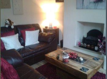 EasyRoommate UK - room to let - Eccleshill, Bradford - £360