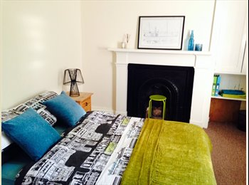 EasyRoommate UK - Large Double Room Available In Large House - Dundee, Dundee - £350