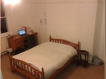 Room Available Kilburn - Early May to End August