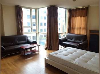 HOT LUXURY ROOMS-FREE GYM & CLEANING SERVICE