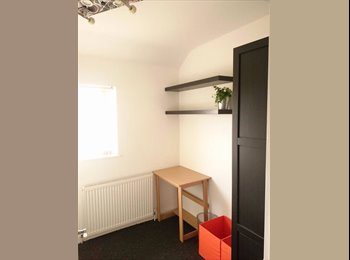 EasyRoommate UK - Single Room to rent in bishopsworth - Bishopsworth, Bristol - £340