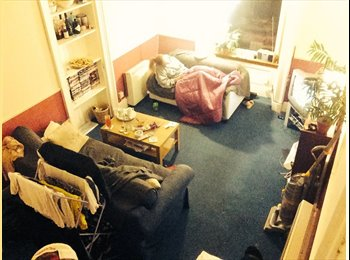 EasyRoommate UK - Looking for a new flatmate - Edinburgh Centre, Edinburgh - £325