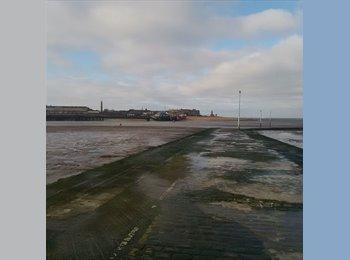 EasyRoommate UK - House next to beach - Blackpool, Blackpool - £380